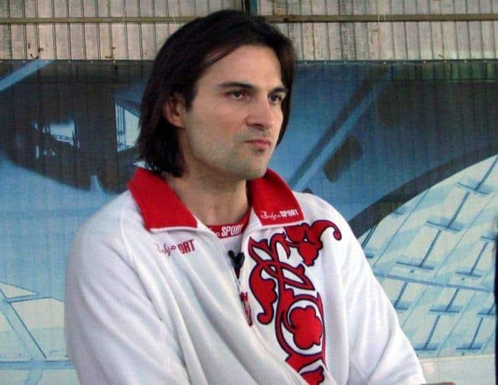 Александр Дьяченко в спортивной одежде