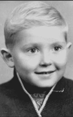 Юрий Стоянов в детстве