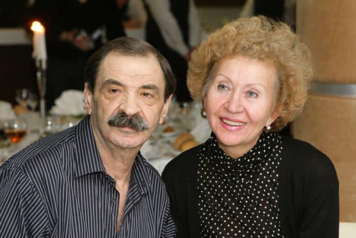 Илья Олейников с женой Ириной