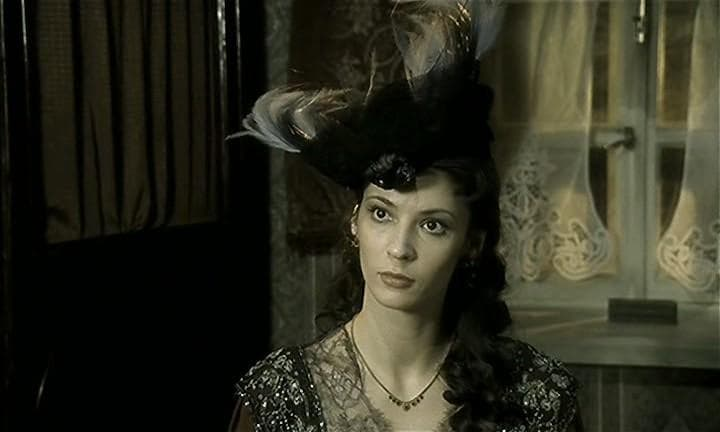 Лидия Вележева в сериале «Идиот»