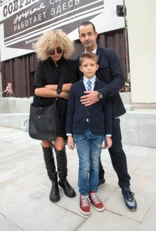 Ольга Дроздова с мужем и сыном Елисеем
