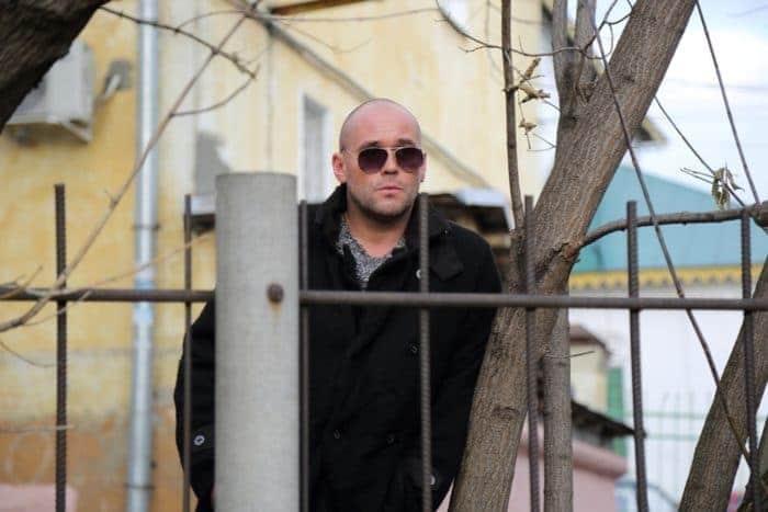 Максим Аверин в сериале «Напарницы»