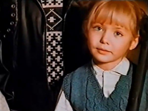 Карина Разумовская в детстве