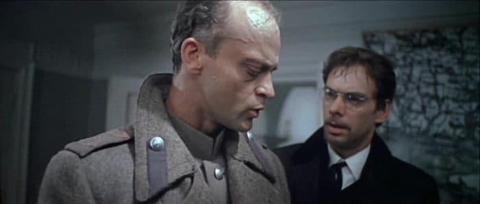 Кадр из фильма Владимира Наумова «Бег»