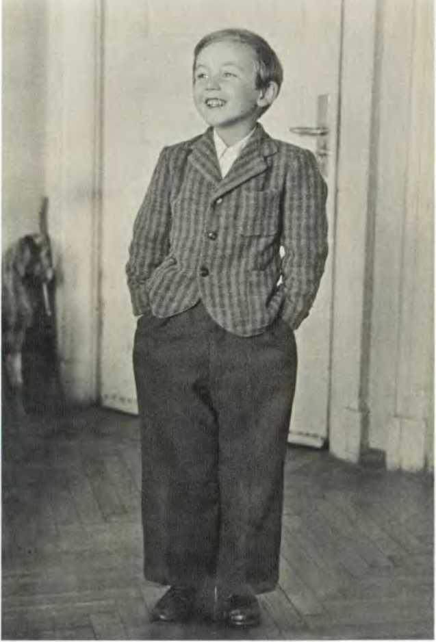 Василий Ливанов в детстве