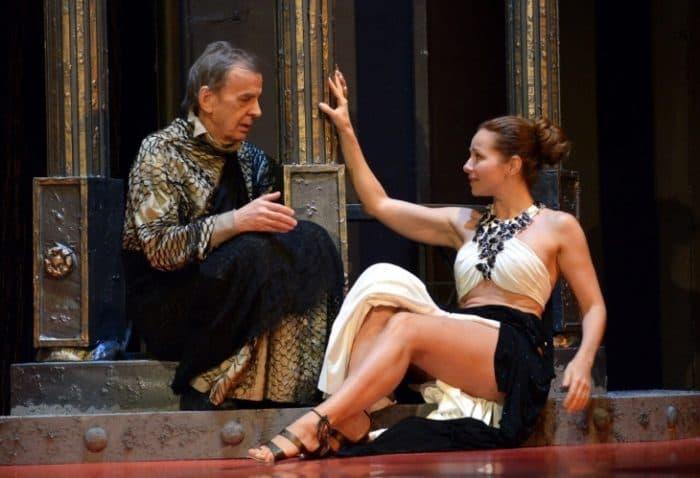 Екатерина Гусева на спектакле в театре