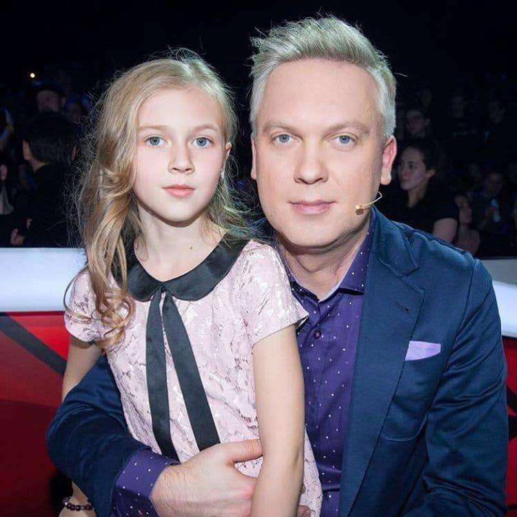 Сергей Светлаков с дочкой