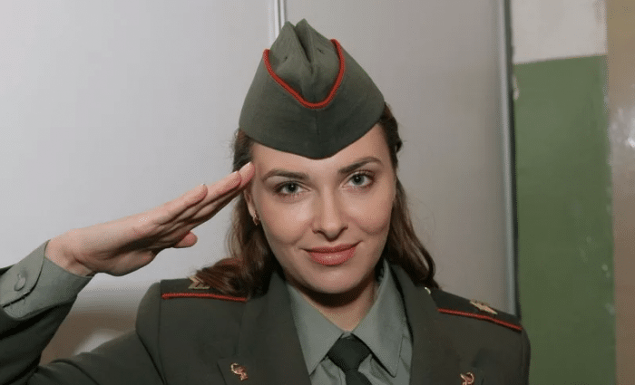 Ольга Фадеева в сериале «Солдаты»