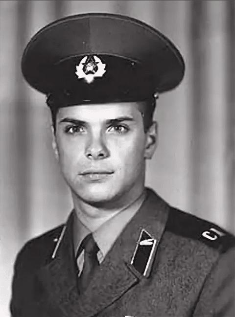 Сергей Астахов в молодости