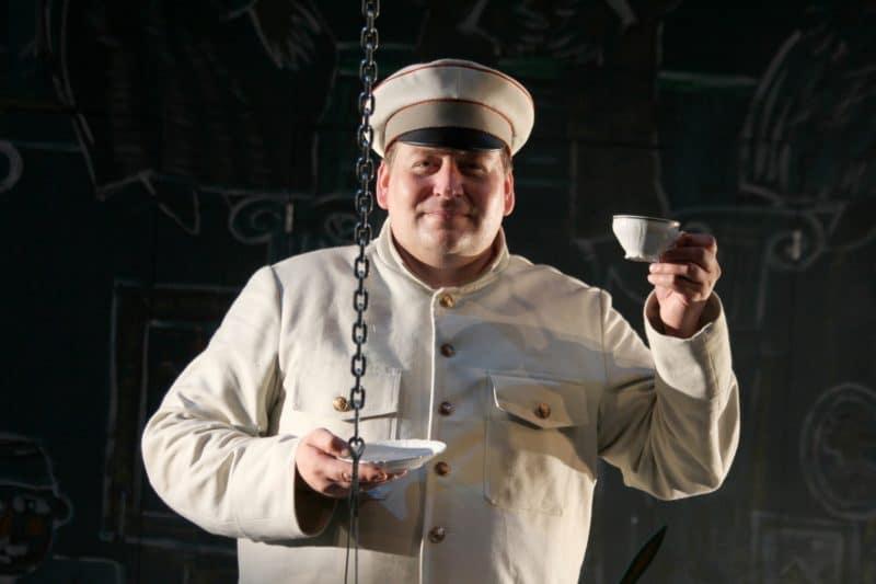 Станислав Дужников в театре