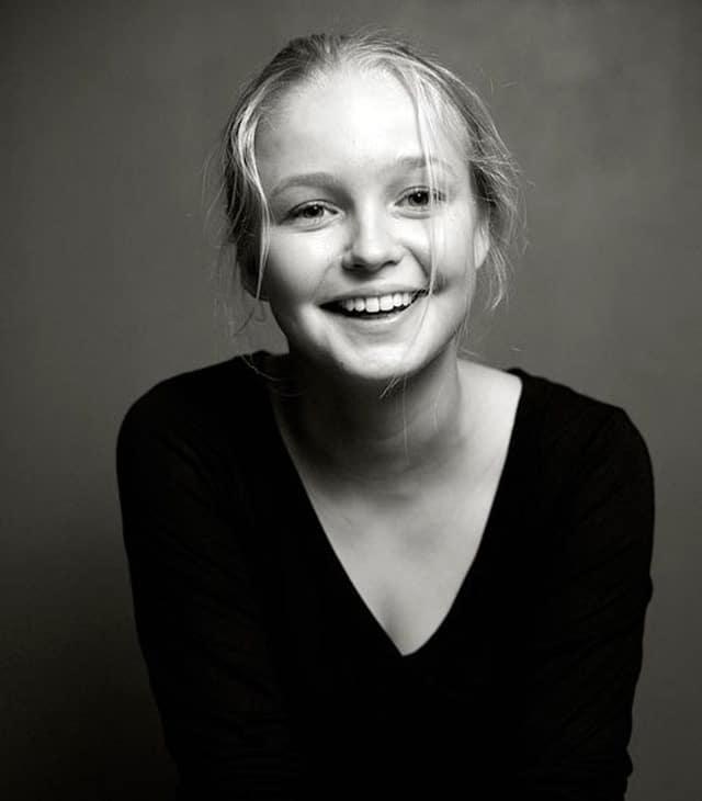 Елена Шилова в юности