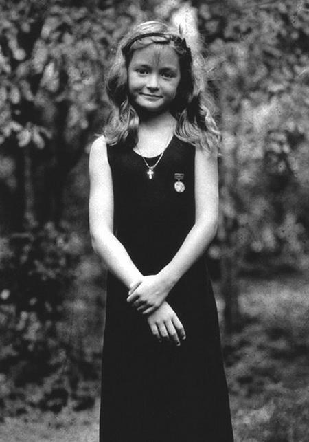 Анна Михалкова в юности