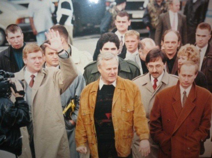 Анатолий Чубайс с Анатолием Собчаком и Путиным