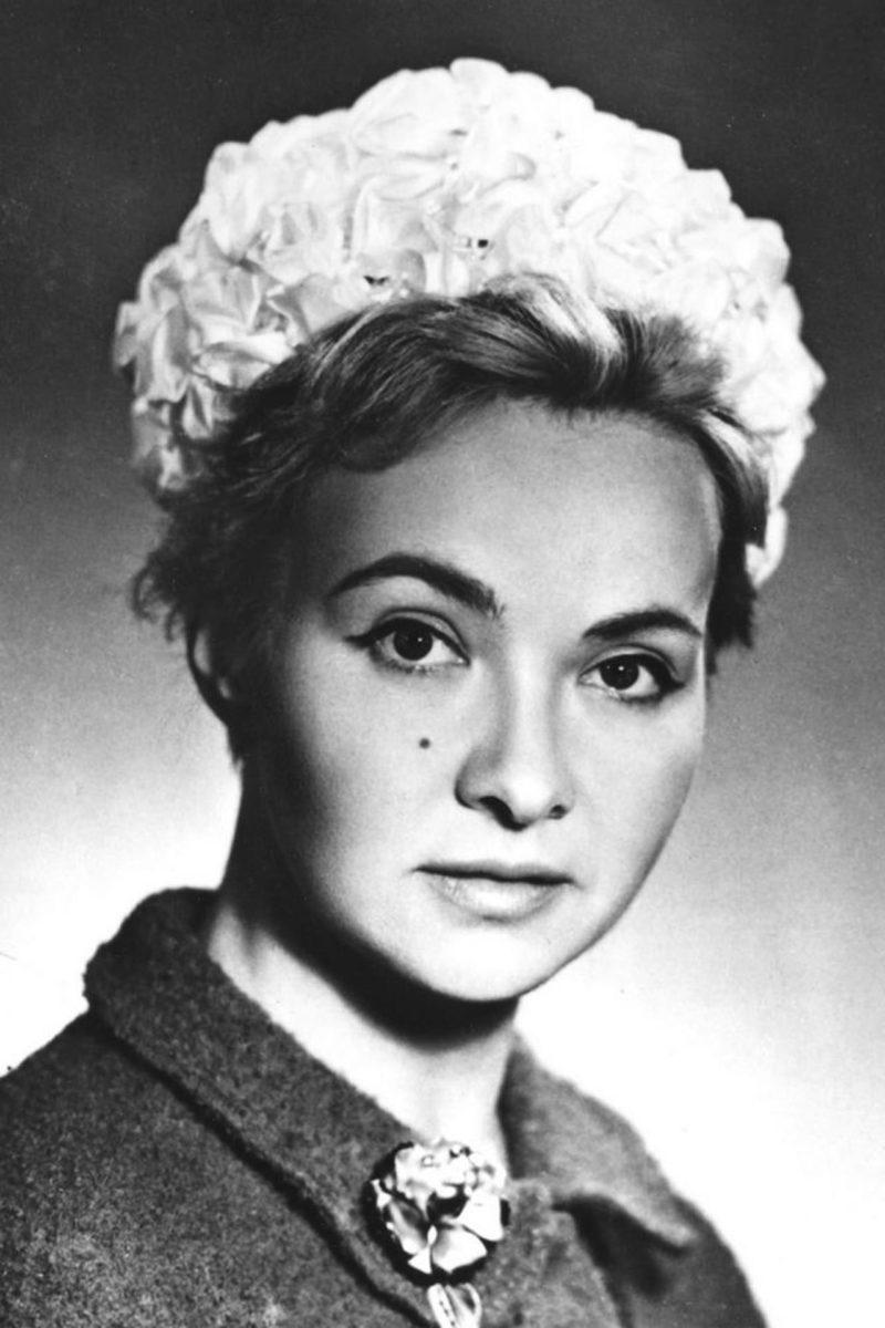 Маргарита Володина в школьном возрасте