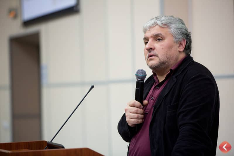 Игорь Бухаров основатель школы сомелье