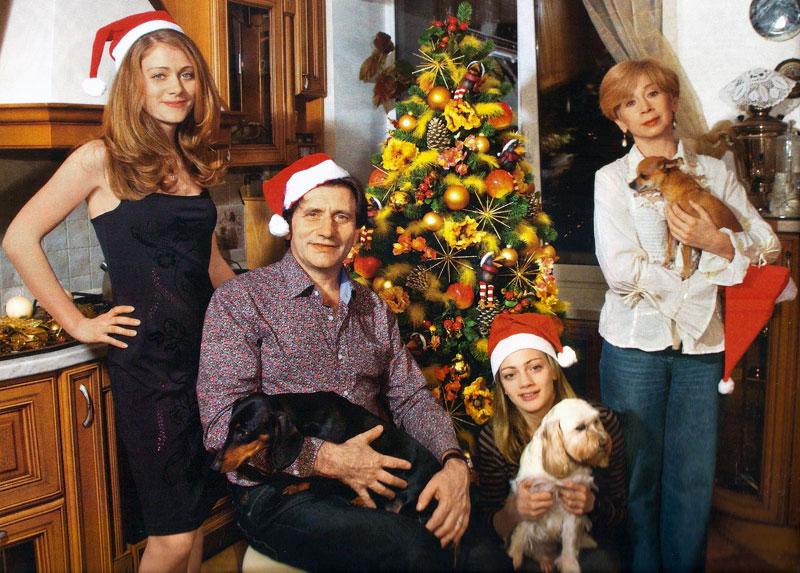 Евгений Князев с семьей