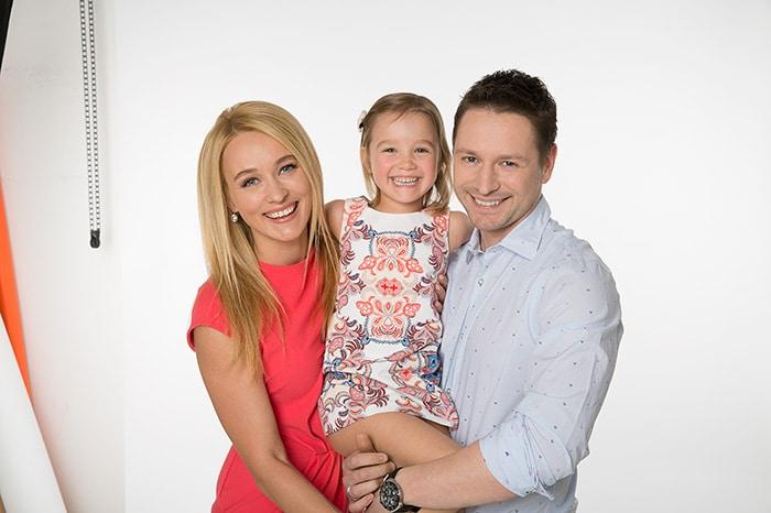 Анастасия Панина с мужем и дочкой