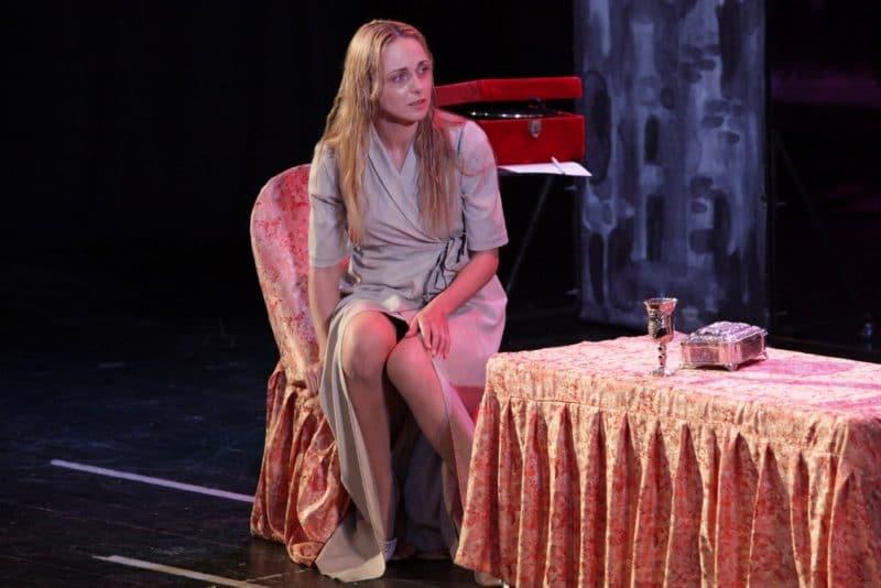 Анна Снаткина в театре