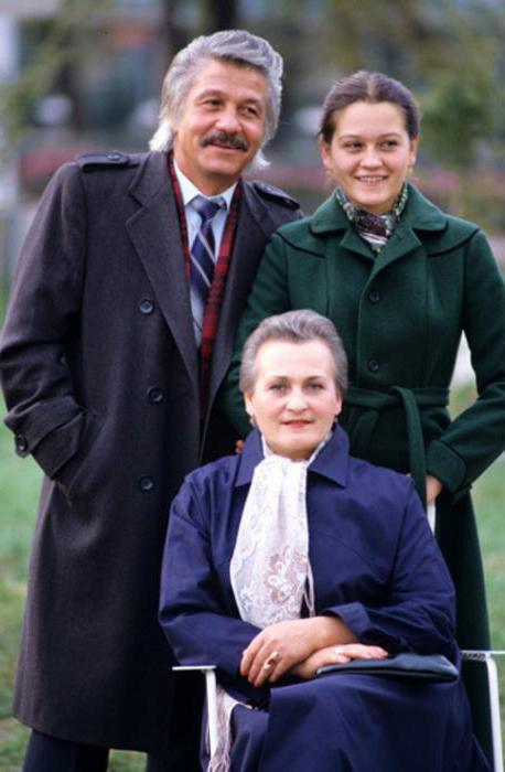 Михай Волонтир с семьей