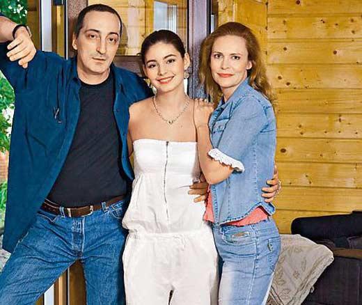 Кирилл Козаков с дочерью и второй женой Аленой Яковлевой