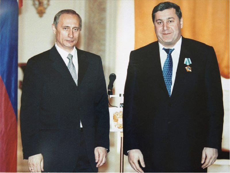 Михаил Гуцериев с Путиным
