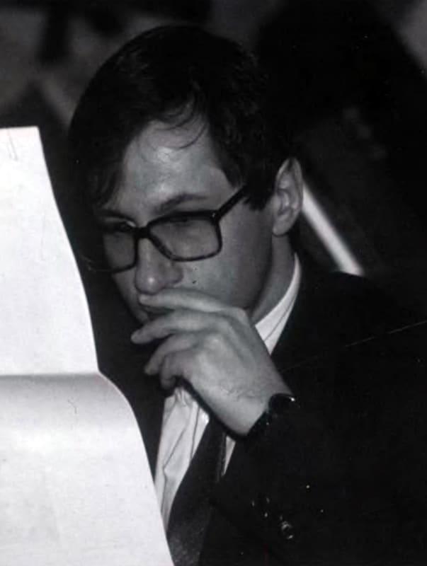 Петр Авен в начале карьеры