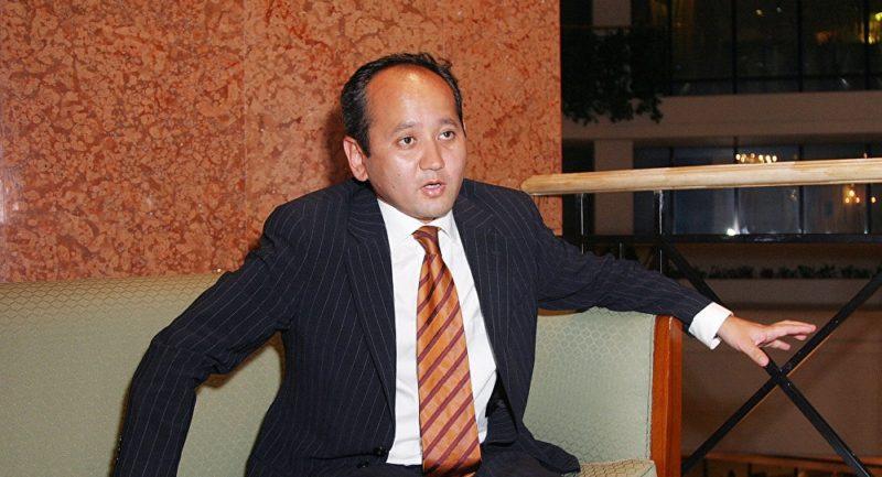 Мухтар Аблязов директор «Kazakhstan Airlines»