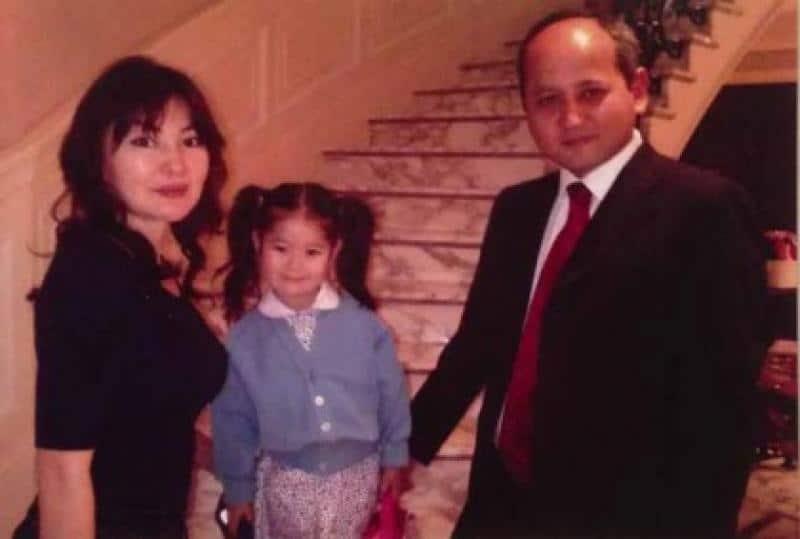 Мухтар Аблязов с женой и дочкой