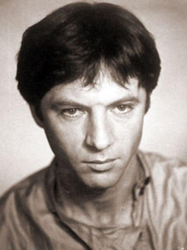 Евгений Меньшов в молодости