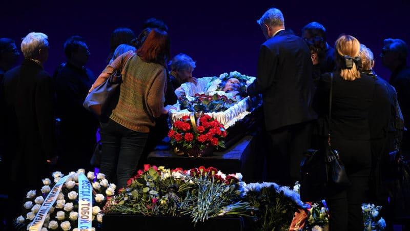 Похороны Анатолия Адоскина