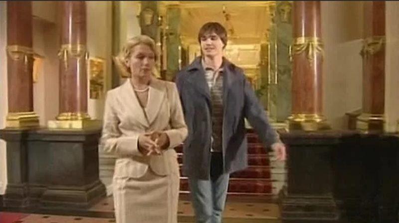 Антон Гуляев в сериале «Всегда говори «всегда»