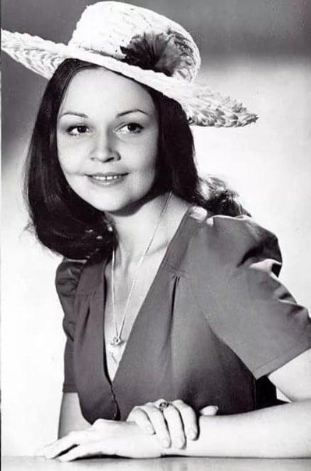 Ирина Акулова в юности