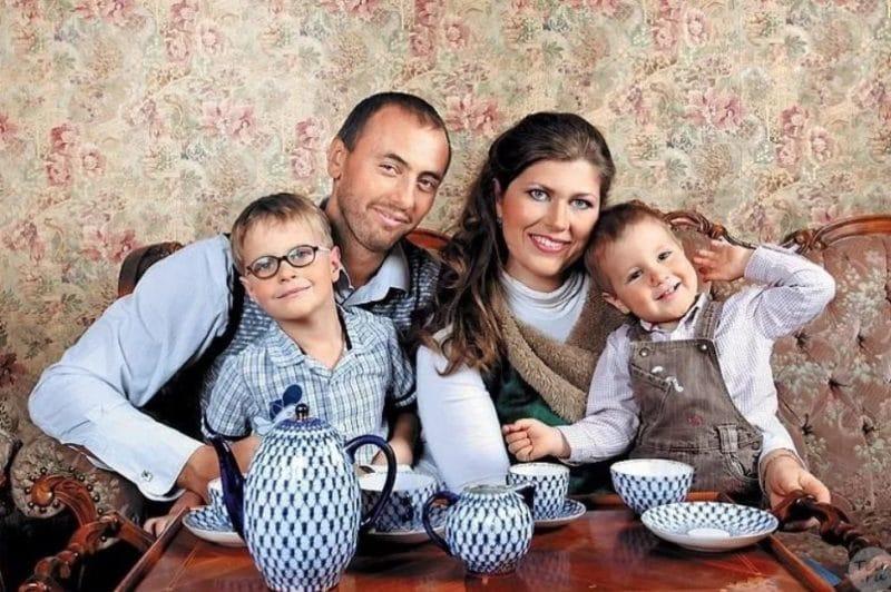 Екатерина Порубель с мужем и сыновьями
