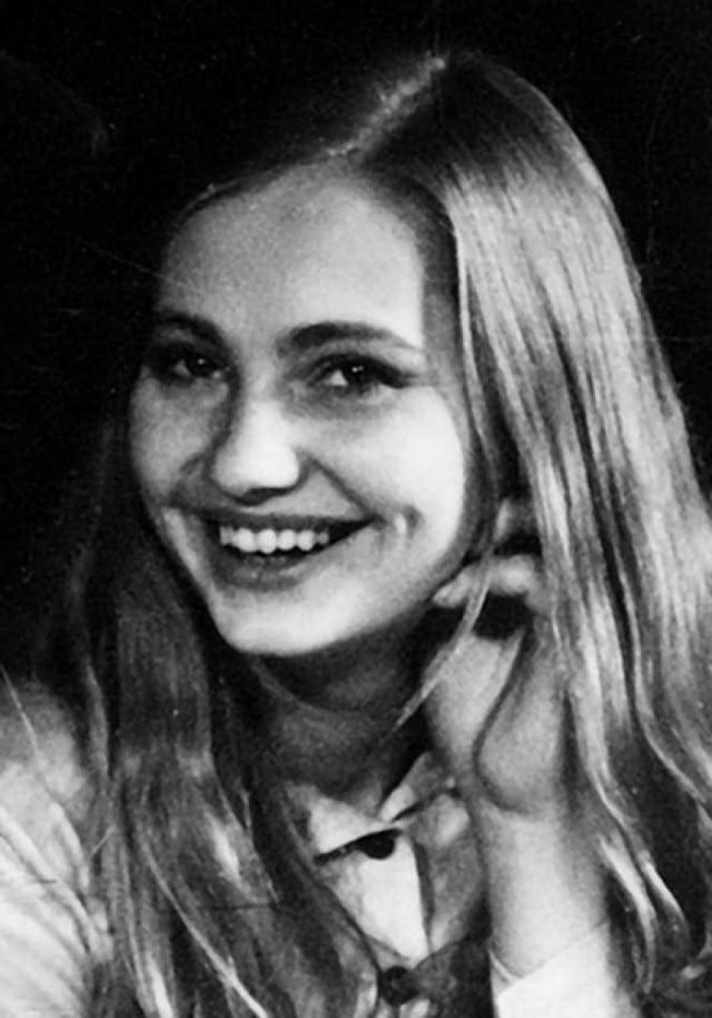 Лариса Луппиан в юности