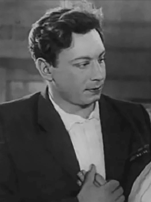 Владимир Ушаков в молодости
