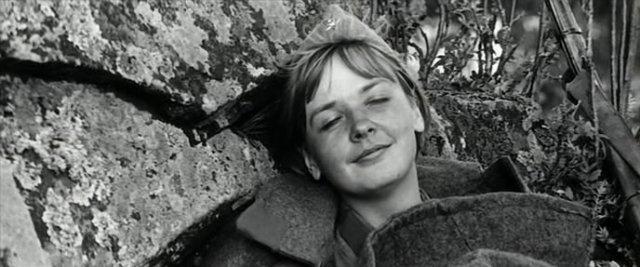Екатерина Маркова в фильме «А зори здесь тихие...»