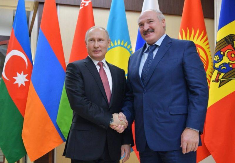 Александр Лукашенко с Путиным
