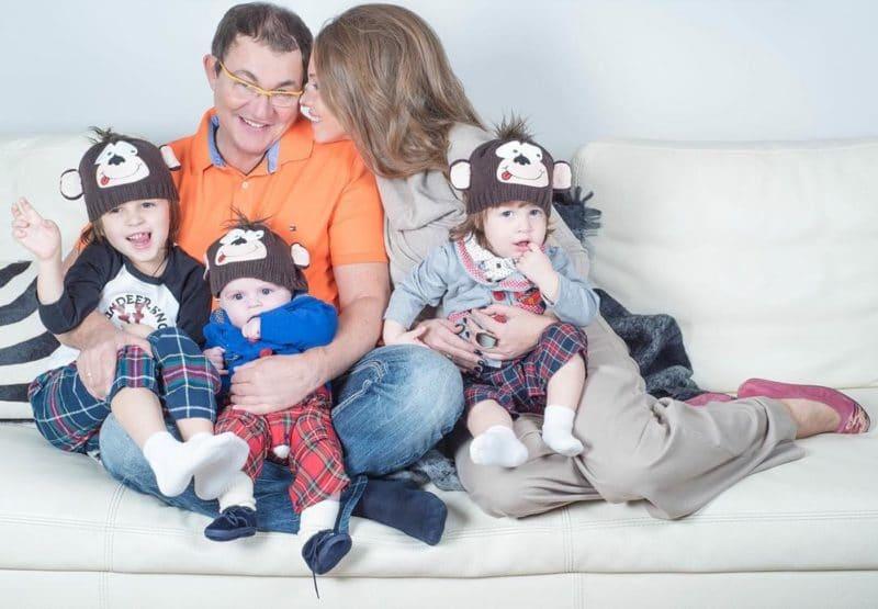 Дмитрий Дибров с семьей