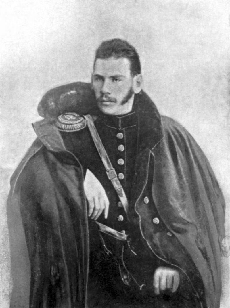 Молодой Лев Толстой