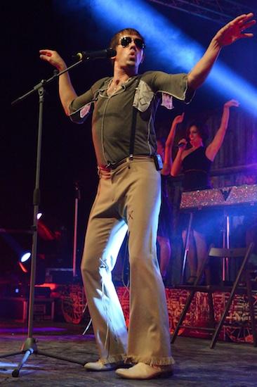 Адриано Челентано на концерте