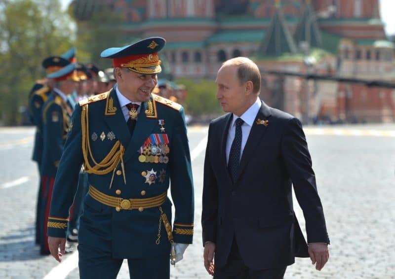 Сергей Шойгу с Путиным