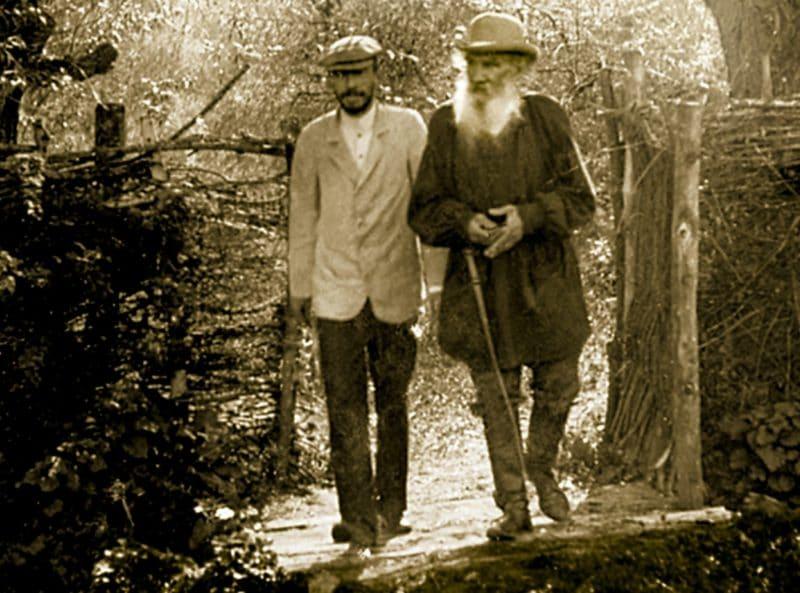 Лев Толстой с сыном Сергеем