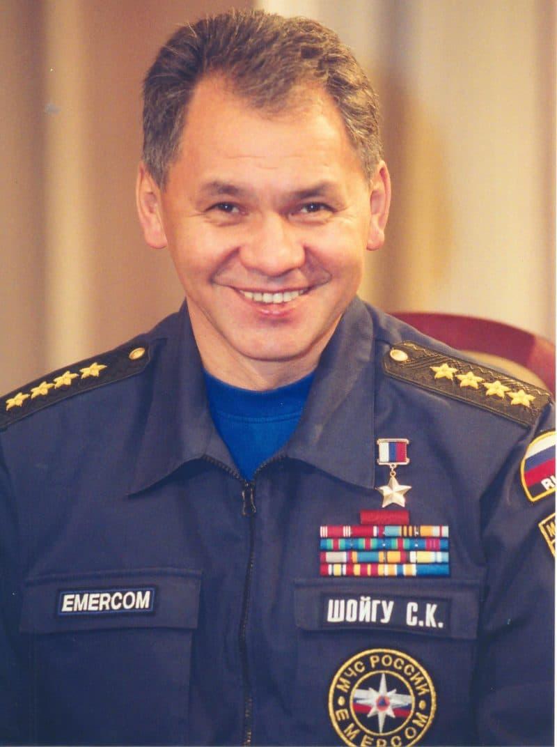 Сергей Шойгу в МЧС