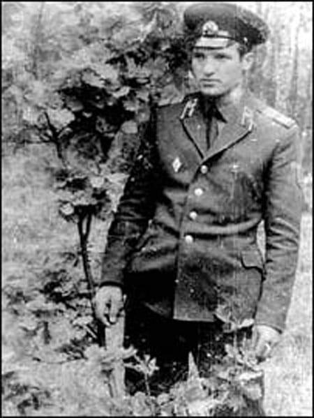 Александр Лукашенко в армии