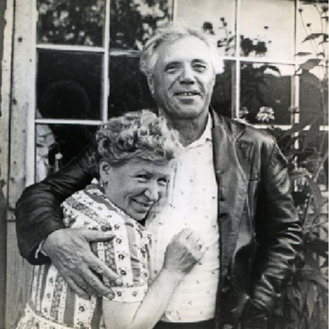 Виктор Астафьев с женой Марией Корякиной