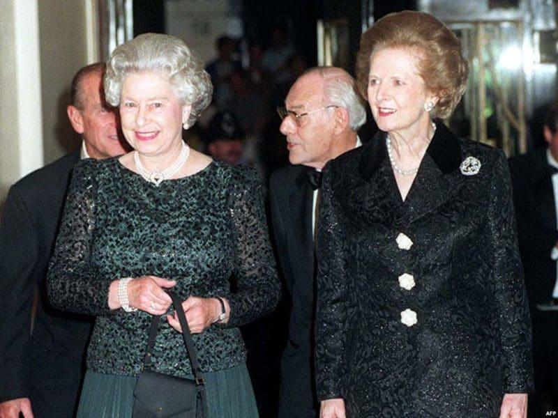 Королева Елизавета II с Маргарет Тетчер