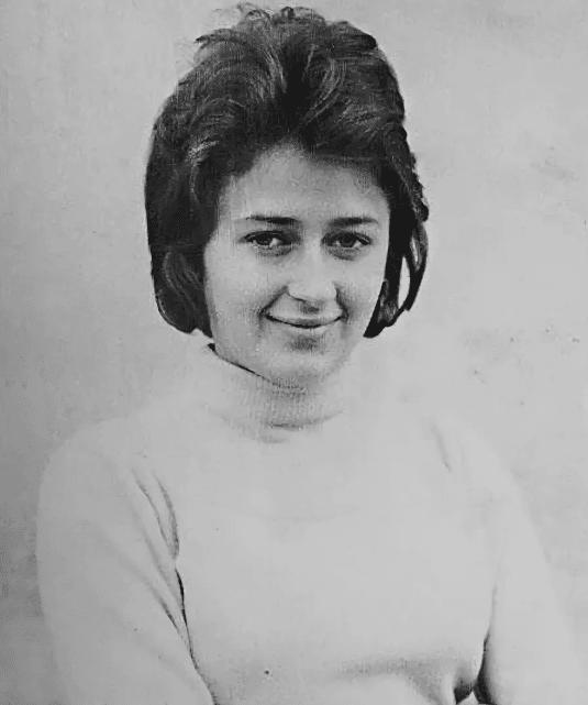 Регина Дубовицкая в молодости