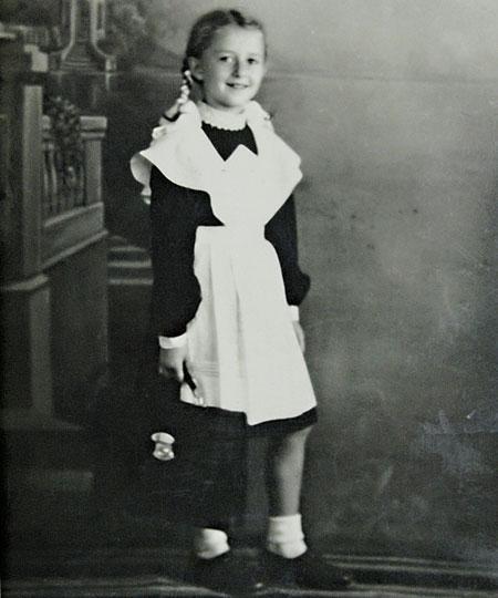 Регина Дубовицкая в детстве