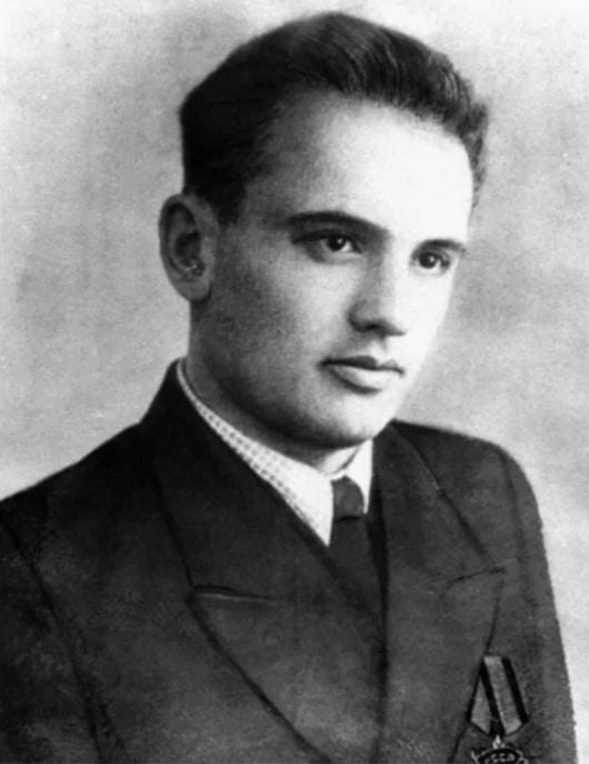 Михаил Горбачев в молодости