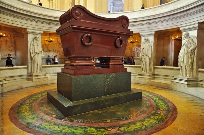 Гробница Наполеона Бонапарта в Париже